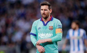 Suarez scores: Real Sociedad 2-2 Barcelona