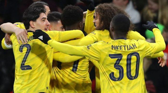 Bournemouth 1-2 Arsenal: Saka and Nketiah on target